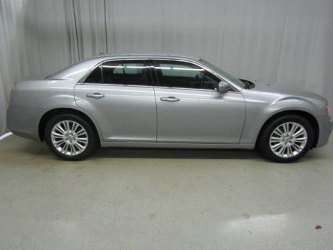Pre-Owned 2014 Chrysler 300 AWD